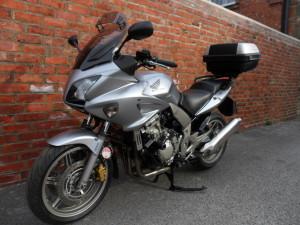 Honda CBF1000 Silver 002