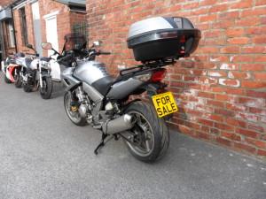 Honda CBF1000 Silver 004