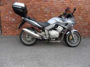 Honda CBF1000 Silver 008