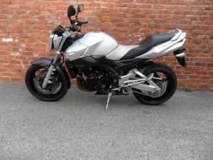 Suzuki GSR600 009